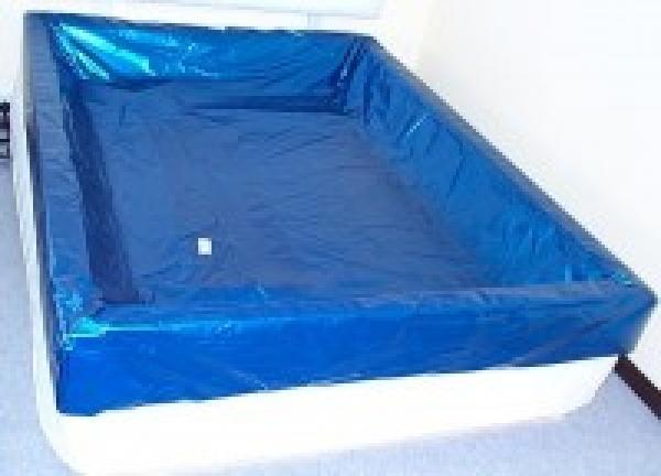 wasserbett sicherheitswanne schlafvergn gen. Black Bedroom Furniture Sets. Home Design Ideas